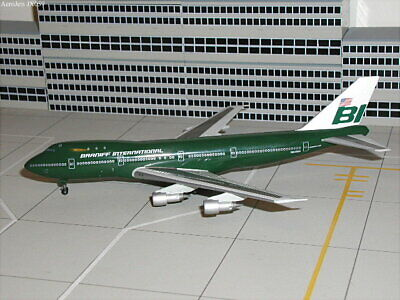 Jet-X 1/400 Braniff International B747-127 N602BN Green Jellybean Colors JX059