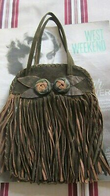 1920,s Art Deco orig vint brown suede flappers purse with fringe.