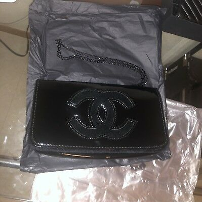 d820efbb20f7 NEW Chanel Beauty VIP Cosmetic/Clutch Bag Shoulder With Chain Crossbody  Black
