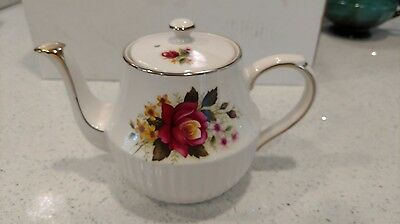 Arthur Wood Vintage England Dorset Teapot With Red Roses