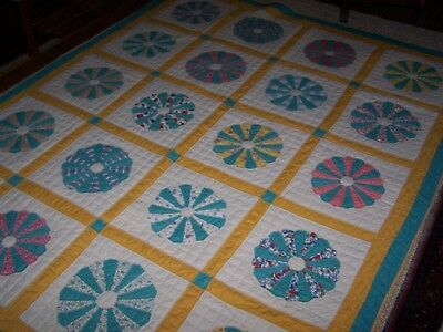 """Vintage Handmade Hand Sewn Dresden Plate Quilt Turquoise White Yellow 72"""" x 90"""""""