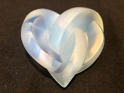Lalique Crystal Opalescent Entwined Knotted Heart Paperweight France