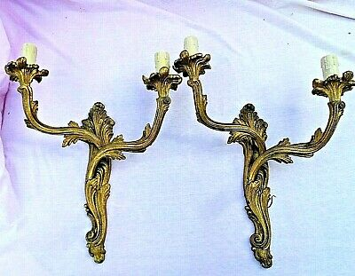 Pair Of Antique Cast Brass Acanthus Scroll Twin Wall Sconces Lights Lovely Condi