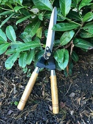 "Wooden Handle Garden Shears Cutting Hedges Grass Shrubs 10"" Carbon Steel Blade"