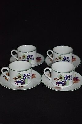"""4 x  Royal Worcester """"Evesham Vale"""" Cups And Saucers"""