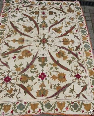 Mint/19thc/CREAM/UZBEK/ SUZANI/Floral, Lizard hand embroidered/62 insx50 ins