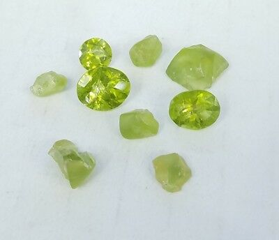 * Lot Of 20 Carats Of Assorted Rough And Included Faceted Peridot Loose Stones