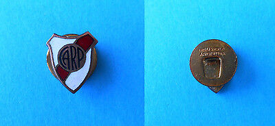 CA RIVER PLATE  Argentina football soccer club old enamel buttonhole pin badge 2