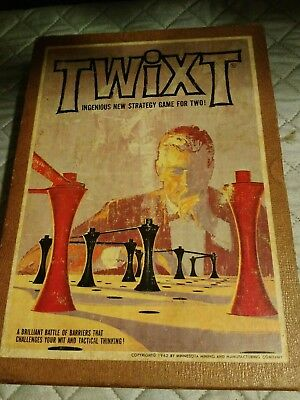 Twixt, 1962 Vintage 3M Bookshelf Game, classic abstract strategy game