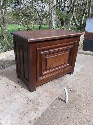 Old French Oak Chest, Cofre,  box, small size