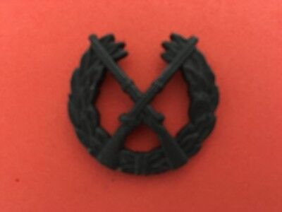 US ARMY INFANTRY CROSSED RIFLES BLACK SUBDUED HAT PIN MEASURES 1 1//2 INCHES