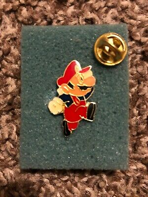 "Vintage Nintendo 1988 Super Mario Video Game Pin Jumping 1"" Mario with Pinback!"