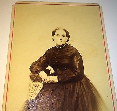 Antique C.1870 Victorian Old Woman in Mourning! Plain Dark Fashion! NY CDV Photo