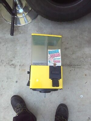 u turn bulk vending arcade candy machine #1