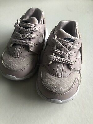 8484ee8d942c NIKE HUARACHE RUN Infant baby Girl Pink Shoes--size 4 C -  15.60 ...