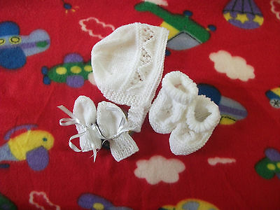 Brand New Hand Knitted White Baby Bonnet, Mitten, Booties Set 0-3/3-6/6-9 Months