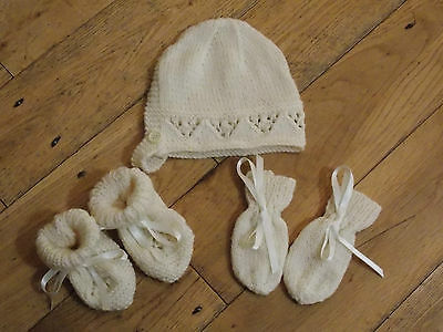 Brand New Hand Knitted Cream Baby Bonnet, Mitten, Booties Set 0-3/3-6/6-9 Months