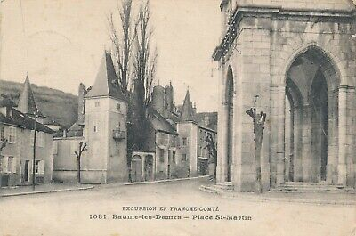 CPA - France - (25) Doubs - Beaume-les-Dames - Place St-Martin