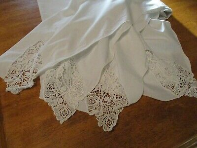 VINTAGE WHITE EMBROIDERY CORNERS  TABLE CLOTH  60 W  x  102 L SCALLOPED EDGES