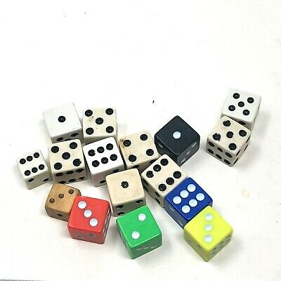 Miscellaneous lot of vintage dice wood colors white