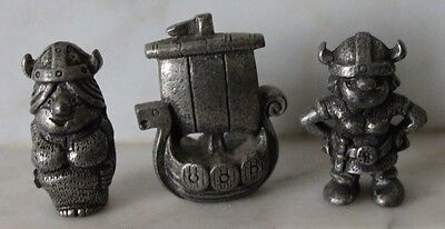 2 Statuette Vichinghi in peltro Tinn-Per Norway Small Pewter e nave vintage