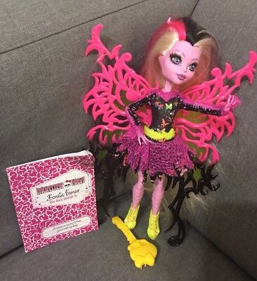 Monster High Freaky Fusion Bonita Femur Nrfb # Cbg63 Hybrid Skeleton And Moth