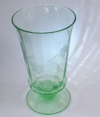 VASELINE URANIUM Depression Green Glass Etched DAISY PATTERN Footed Glass