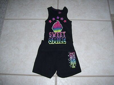 Girls 2 piece shorts outfit by Faded Glory, size 4/5, black with sparkle cupcake