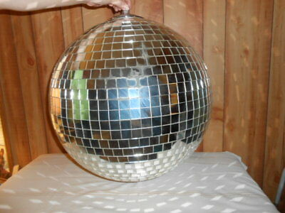 """VINTAGE 60's 70's  ROLLER RINK DISCO MIRRORED BALL """"LARGE"""""""