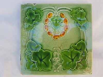 Charming English Art Nouveau Period Tile