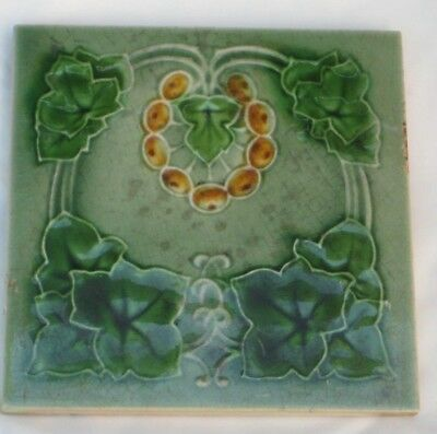Charming English Art Nouveau Tile Nice Design