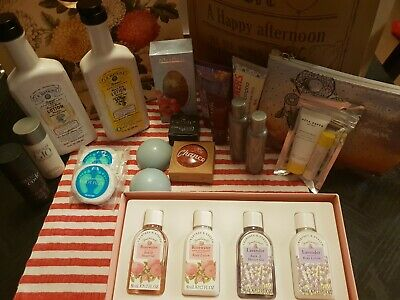 Bulk Lot Of Pamper Products Including Crabtree & Evelyn and Body Shop