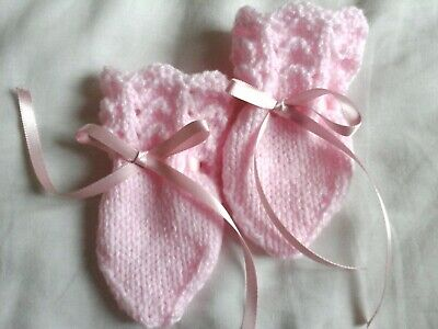 New Hand Knitted pink Baby Mittens, 0-3 Months