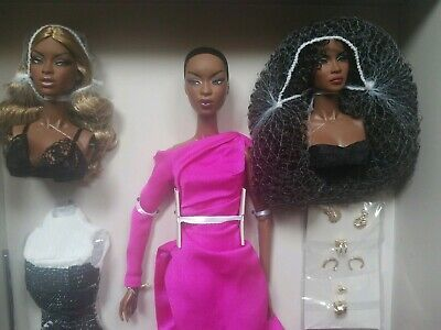 NRFB THE FACES OF ADELE MAKEDA W CLUB GIFT SET FASHION ROYALTY INTEGRITY Doll +