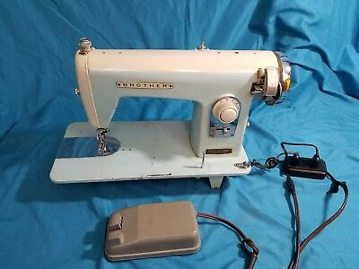 Vintage Brother Model 160 Cambridge Sewing Machine