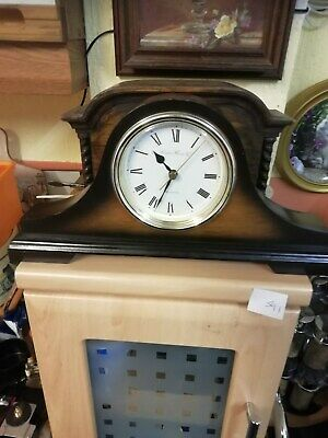 (588)  Wooden Mantel Peice Clock With Qartz Movement Made In The (Uk) By London