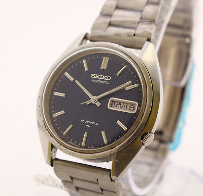 Seiko day and date automatic men's wrist watch, 17 Jewels. Japan