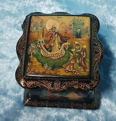 Deluxe Vintage Small Russian Hand-Painted Black Lacquer Box /Red Interior/Signed
