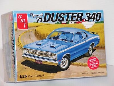 Amt #1118M/12 1/25 1971 Plymouth Duster 340 Fs