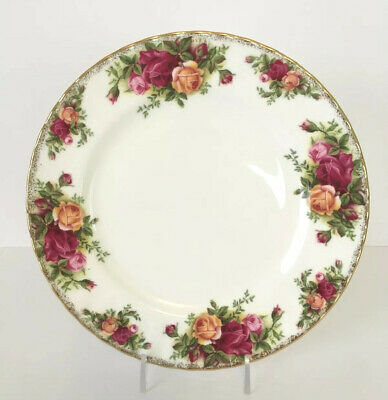 """Royal Albert Old Country Roses 8"""" Salad, Dessert, or Luncheon Plate"""