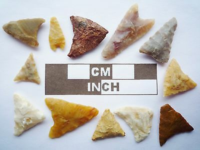 Neolithic Arrowheads, 12 x Triangle Artifacts - 4000BC - (Q144)