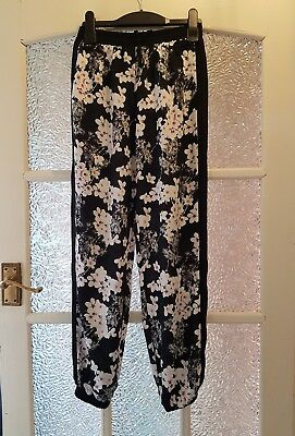 M & CO KYLIE Girls Harem Style Soft Floral Trousers 10-11 Years - VGC