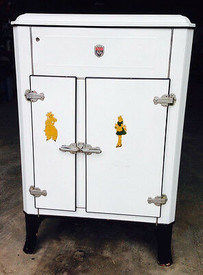Rare Antique 1920/30's Majestic Electric Refrigerator Ice Box Grigsby-Grunow Co.