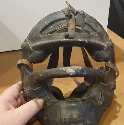 Vintage 1950'S - 60'S Catchers Umpire Baseball Mask Steel & Leather! With Straps