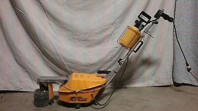 Edge Runner Cove Base Cleaner Good Condition Lightweight
