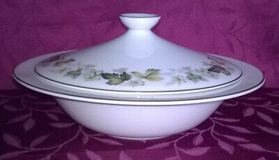 Royal Doulton Larchmont Vegetable Tureen with Lid  TC1019
