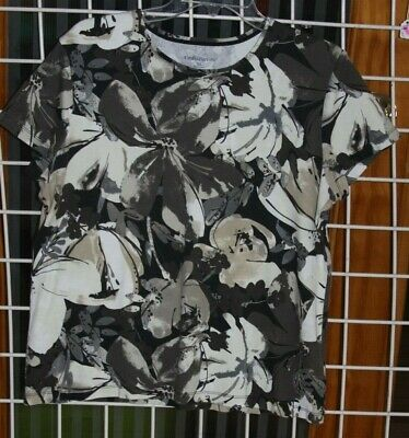 Size Xl Croft & Barrow Shades Of Browns, Gray, Cream And Black Stretch Top