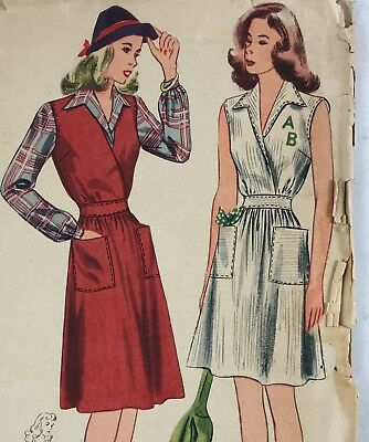 1940s Simplicity Vintage Sewing Pattern 4602 Dress Bust 30