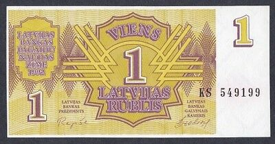 LATVIA 1 Rublis 1992 First note of the new Republic. Pick 35 UNC