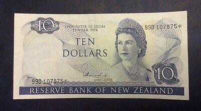 Rare New Zealand Replacement Star $10 Hardie Banknote - 99D 107875* - VF.